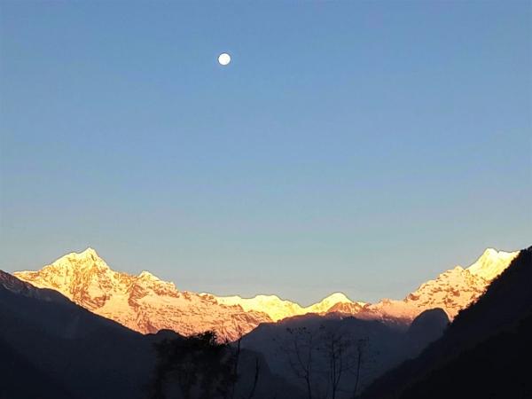 kanchenjunga-sun-rise13.5x9